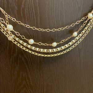Gold tone and Pearl Chain Belt